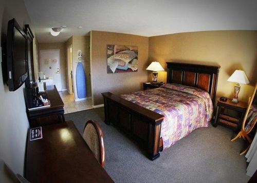 фото Econo Lodge Lake Elsinore 415363394
