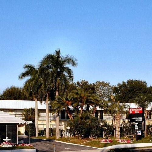 фото Southland Inn Motel and Apartm 415390904