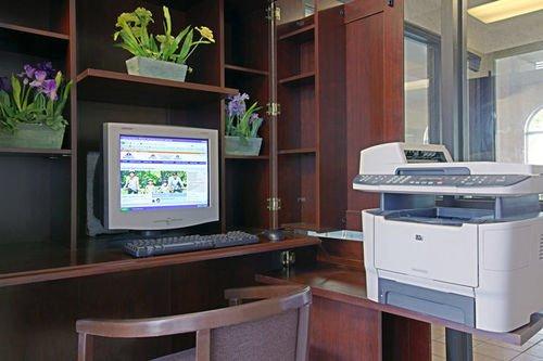фото Americas Best Value Inn and Suites Saint Charles 415454444
