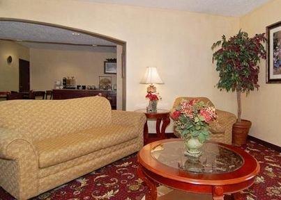 фото Quality Inn & Suites 415487675