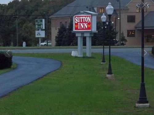фото Sutton Inn 415578710