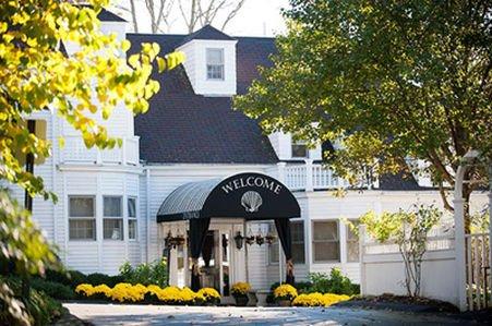 фото York Harbor Inn 415615855