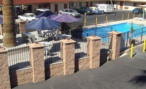 фото Desert Hills Motel 415617345
