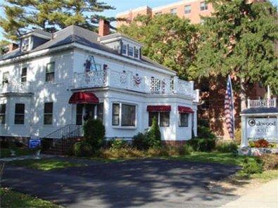 фото Oakwood Inn Town Motel 415734361