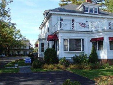фото Oakwood Inn Town Motel 415734363