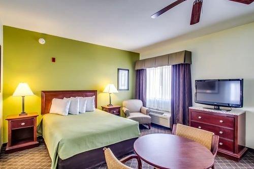 фото Best Western Geneseo Inn 415762154