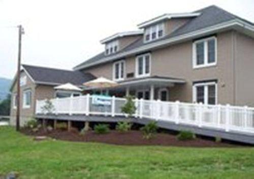 фото Heritage Suites Hotel 415790404