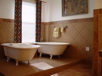 фото The Shaffer Hotel & Restaurant 415793600