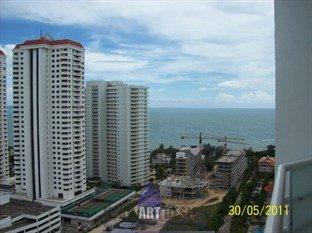 фото View Talay Condominium 5 by VLAD Property 449871712