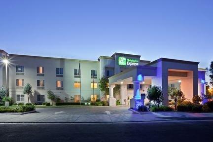 фото Holiday Inn Exp Stockton SE 462599233
