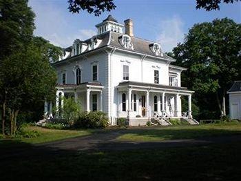 фото Proctor Mansion Inn 468035897
