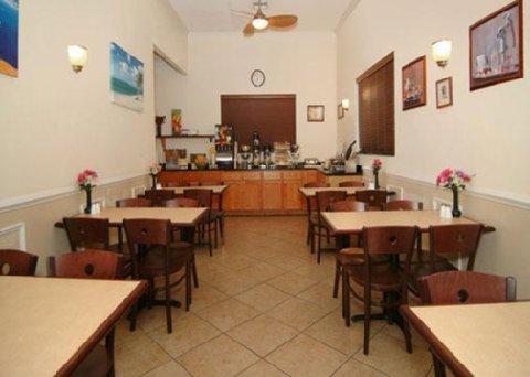 фото Quality Inn & Suites Mount Dora 487547812