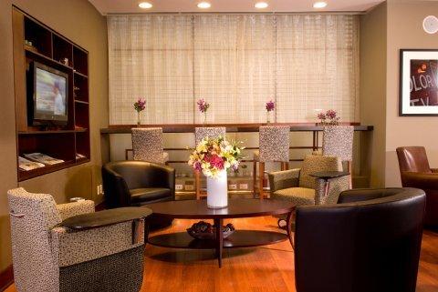 фото Central Loop Hotel 487550969