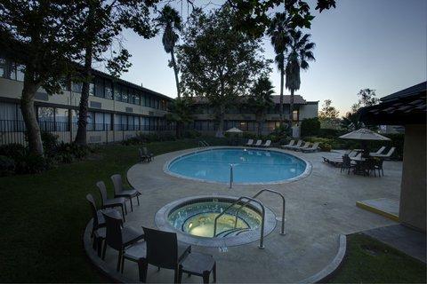 фото Best Western Valencia Inn 487551318