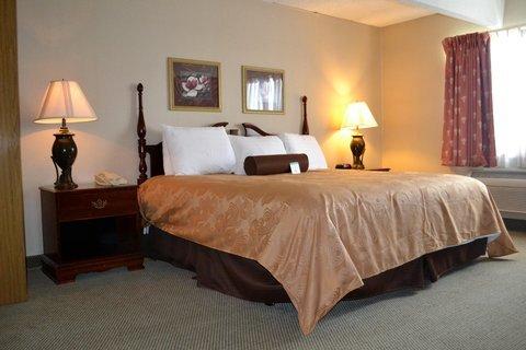 фото Eastland Suites Hotel & Conference Center Urbana 487646771