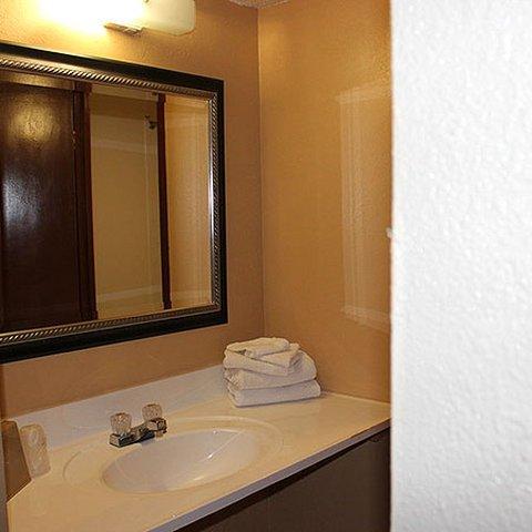 фото Arrowhead Inn 487648314