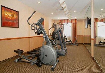 фото Comfort Suites Near Raymond James Stadium 487648781