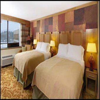 фото High Peaks Resort 487649371