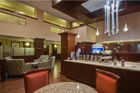 фото Holiday Inn Express Oldsmar 487649748