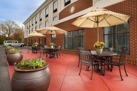 фото Holiday Inn Express - Tullahoma 487649795