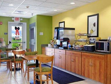 фото Microtel Inn & Suites by Wyndham Delphos 487650631