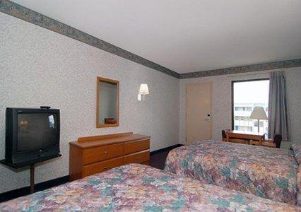 фото Rodeway Inn Charlotte 487653775