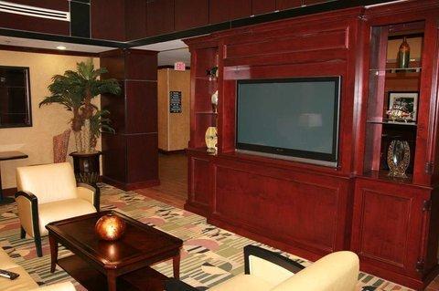 фото Hampton Inn - Suites Buda 487654832