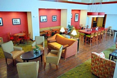 фото Hampton Inn & Suites Tilton 487655832
