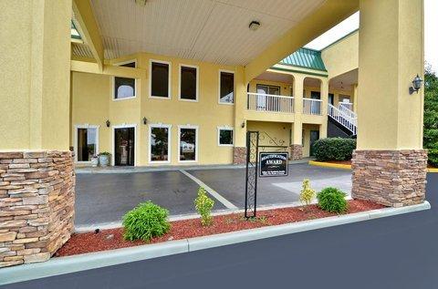 фото Best Western Fairwinds Inn 487656212