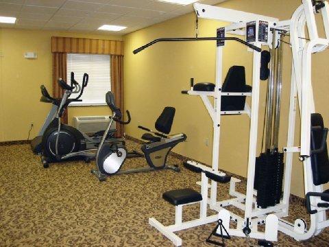 фото La Quinta Inn & Suites Bridgeport 487657102