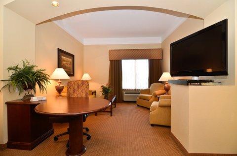 фото La Quinta Inn & Suites Greenville Hotel 487659544