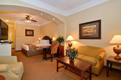 фото La Quinta Inn & Suites Greenville Hotel 487659551