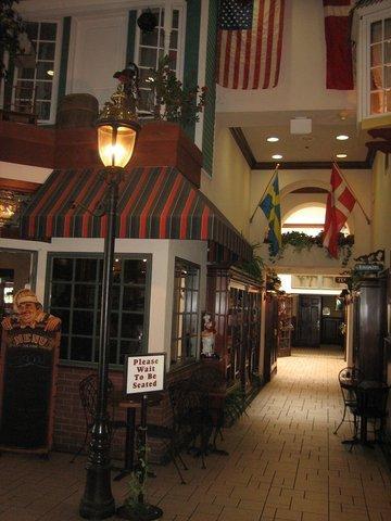 фото Holiday Inn Selma - Swancourt 487662643