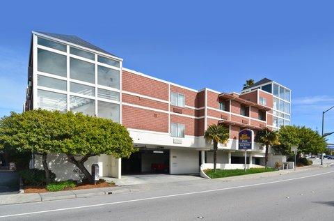 фото Best Western PLUS All Suites Inn 487663866