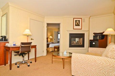 фото Best Western PLUS All Suites Inn 487663881