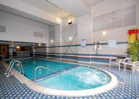 фото Comfort Inn & Suites Tinton Falls 487665726