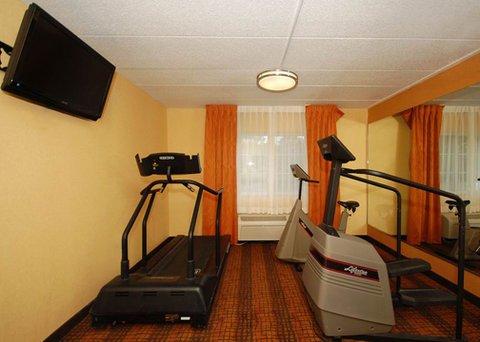 фото Comfort Inn & Suites Tinton Falls 487665727