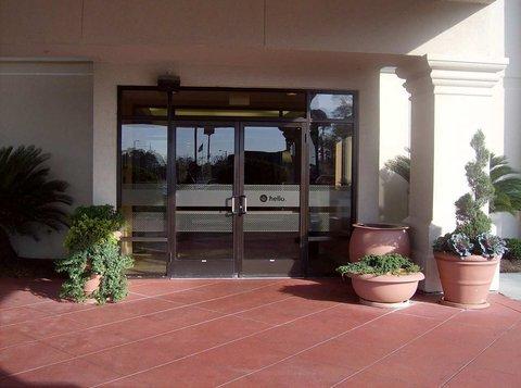 фото Hampton Inn Adel 487665848
