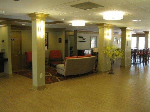 фото Holiday Inn Express Bradenton 487665977