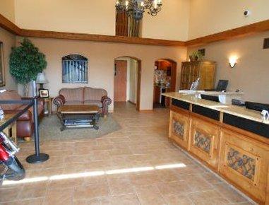 фото Destination Daytona Inn & Suites 487666100