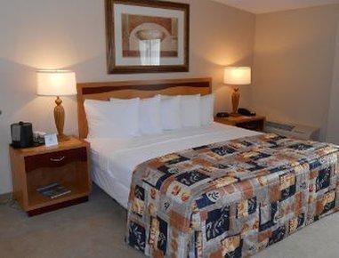 фото Destination Daytona Inn & Suites 487666103