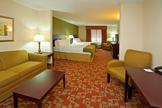 фото Holiday Inn Express Vincennes 487667044