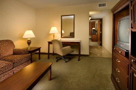 фото Drury Inn & Suites Troy 487667814