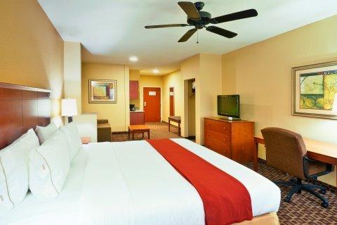 фото Holiday Inn Express McComb 487668962
