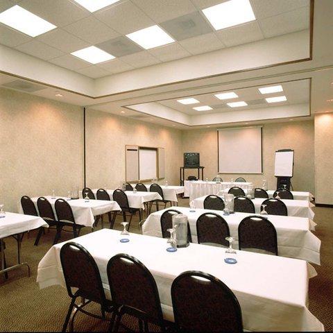 фото Hampton Inn & Suites Kansas City-Merriam 487669580
