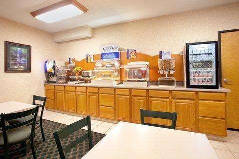 фото Holiday Inn Express Ottawa 487669617