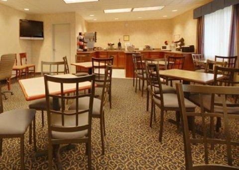 фото Comfort Inn Hadley 487673437