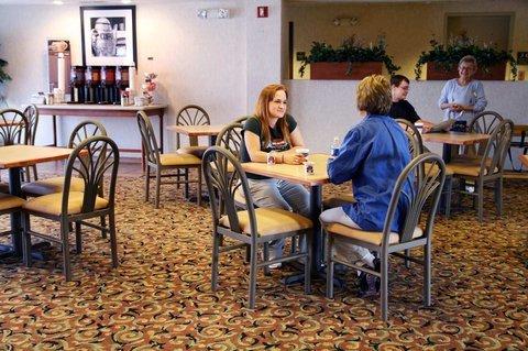 фото Hampton Inn Ottawa (Starved Rock Area) 487674553