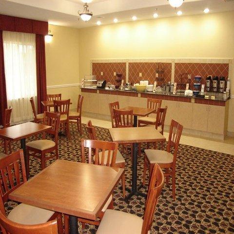 фото La Quinta Inn & Suites Corsicana 487674920