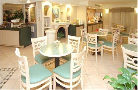 фото La Quinta Inn Corpus Christi South 487675076